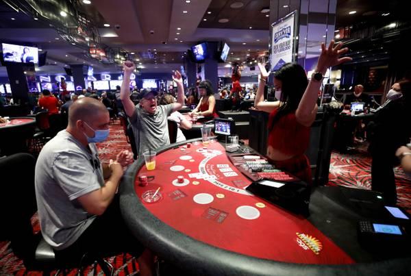 Nine Emerging Online Gambling Tendencies To look